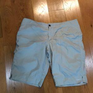 EUC Columbia 12 shorts